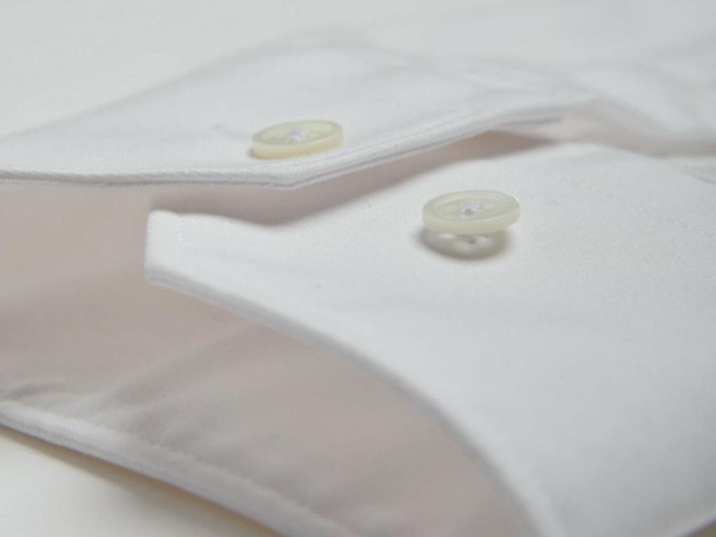 la chemise anti transpiration homme blanche en Tencel et polyester recyclé